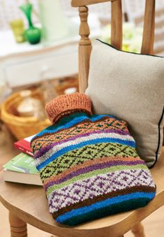 Fair Isle hot water bottle - Free Knitting Patterns - Homewares Patterns - Let's Knit Magazine Fair Isle Knitting Patterns, Fair Isle Pattern, Crochet Patterns, Water Bottle Covers, Crafts Beautiful, How To Purl Knit, Free Knitting, Knit Crochet, Chrochet