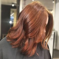 20 Amazing Auburn Hair Color Ideas You Can't Help Trying Out Right Away - Best Trend Nails Hair Color Auburn, Red Hair Color, Brown Hair Colors, Red Hair For Cool Skin Tones, Hair Colours, Lilac Hair, Green Hair, Chestnut Hair, Hair Color Caramel
