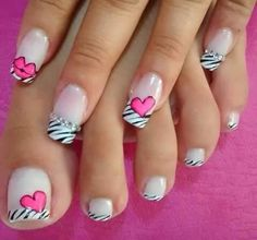 The 100 Trending Early Spring Nails Art Designs And colors are so perfect for Hope they can inspire you and read the article to get the gallery. Sexy Nail Art, Cute Nail Art, Heart Nail Art, Heart Nails, Spring Nail Art, Spring Nails, Love Nails, Pretty Nails, Holiday Nail Art