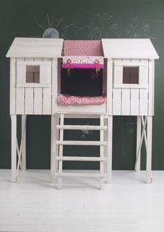 Treehouse bunk bed and chalkboard wall