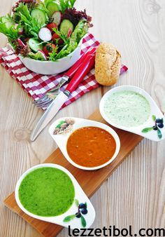 Salad Dressings with Chili, Basil and Yogurt Easy Cake Recipes, Sauce Recipes, Catering, Yogurt Sauce, Palak Paneer, Food Art, Pesto, Chili, Food And Drink