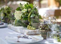 Botanical Tablescape for a Wedding in Capri - Design by Capri Moments #botanicalwedding #tablescape #tabletop #capri #caprimoments #capriwedding #weddingcapri #italywedding #weddinginspiration #italianwedding #destinationwedding