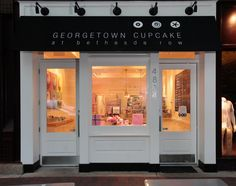 Georgetown Cupcake at Bethesda Row at night