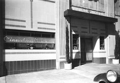Cinnabar – opened in DEC'36 at the Hollywood Plaza Hotel on Vine St to compete with the Cine-Grill at the Hollywood Roosevelt. (40/150) Later became Clara Bow's It Café  (40/157)