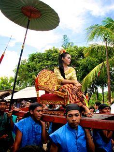 Lombok Births, Lombok, Balinese, Archipelago, Strand, Festivals, Fair Grounds, Places, Pictures