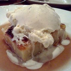 Longhorn Steakhouse : Peach Bread Pudding