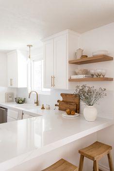 Kitchen Shelves, Kitchen Decor, Kitchen Cabinets, Kitchen Ideas, Kitchen Display, Wood Shelves, Kitchen Inspiration, Custom Floating Shelves, Timeless Kitchen
