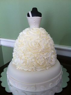 Bridal gown.  By Dee Miller - Flour Power Cakes