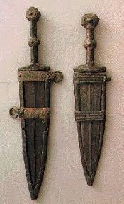 Resultado de imagem para espadas antigas romanas
