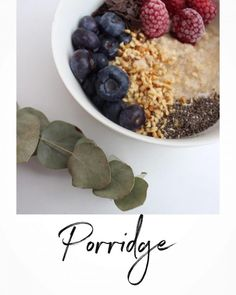 Anzeige| P O R R I D G E Hier … Kakao, Oatmeal, Breakfast, Food, Bakken, Almonds, Fruit, Food Portions, Recipies