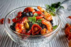 insalata tiepida di ceci neri con gamberi e pomodorini al miele