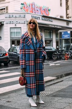 Paris str B RF18 2345 - The Impression