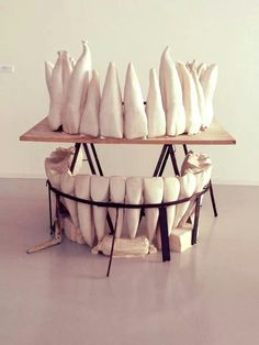 Toothy table display