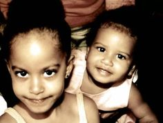 Sasha and Malia Obama. <--- Lucky, lovely girls. They still look the same.