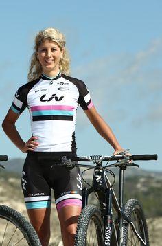 Jolanda Neff , Liv giant team