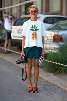 These spring infused street style looks are sure to inspire your warm-weather wardrobe.