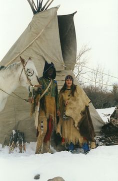 Lakota Tipi | It does get chilly in Red Lodge in Winter! [Cathy & Tipi in Montana]