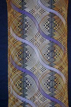 Doily Art, Lace Art, Lacemaking, Lace Jewelry, Shawl Patterns, Bobbin Lace, Doilies, Lace Detail, Lace Shawls
