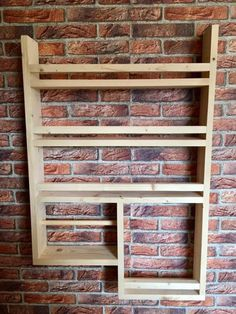 Spice rack made of old wood with kitchen roll! 4 hooks, without decoration, very stable, with kitchen roll Kitchen Spice Racks, Diy Spice Rack, Spice Storage, Diy Kitchen Storage, Kitchen Decor, Inexpensive Furniture, Cheap Furniture, Pallet Furniture, Furniture Design
