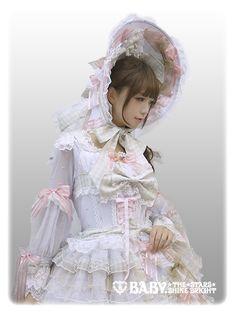 Midori Fukasawa in Voyage dans le temps 〜Belle Époque's Under the Sky〜 OP & Dress Hat