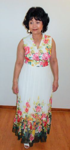 A sleeveless floral maxi dress which is great for most summer ocassions. Floral Maxi Dress, Boho Dress, Beach Dresses, Summer Dresses, Different Necklines, Cocktail Dresses, Designer Dresses, Spring Summer