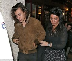 Harry Styles Might Write Songs Under Mick Greenberg: Photo Harry Styles walks ahead of mom Anne Cox after dining out at Knutsford Wine Bar in Manchester, England on Friday night (March The One Direction… Harry Styles Family, Harry Styles Pictures, Anne Cox, Gemma Styles, New Girlfriend, Treat People With Kindness, Harry Edward Styles, Celebrity Gossip, Celebrity News