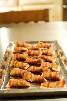 Oh my gosh has to be the easiest thing I have ever done!!  Holiday Bacon Appetizers  1 package Club Crackers  1 pound Thin Sliced Bacon (or More Depending On Number Of Crackers)  Grated Parmesan Cheese Crackers Appetizers, Bacon Appetizers, Finger Food Appetizers, Appetizers For Party, Appetizer Dips, Finger Foods, Appetizer Recipes, Party Snacks, Camping Appetizers