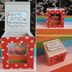 Olá minhas lindas, fiz essa caixinha de mimo para o aniversário do meu amor. Fiz inspirada na caixa de bloco de carnaval do Canal da Chai :) . . . . . #inlove #criatividade #valentine #mylove #biasanttosz #mimo #criar #arteemfoco #love #romantic #romanticos #namoradacriativa #namorados #heart #amor #card #surpresa #surprise #scrap #scrapbook #supernamorada #EuQueFiz #diy #scraping #cartão #happybirthday #casal #blognamoradacriativa #surpresacriativa #caixinha