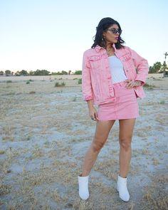 Strike a pose. makes a statement with a new, eye-catching pair of Gigi Hadid x shades. Women's Sunglasses, Dope Fashion, Strike A Pose, Gigi Hadid, Coachella, Shades, Poses, Shirt Dress, Eye