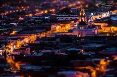 Una mirada nocturna al corazón de Ixtlán del Río tomada desde el cerro de Cristo Rey.
