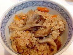 楽天が運営する楽天レシピ。ユーザーさんが投稿した「ほっぺた落ちそう☆天然舞茸と人参の炊き込みご飯」のレシピページです。天然舞茸は香りが違います。。舞茸と人参の炊き込みご飯。天然舞茸,人参,米,醤油,料理酒,顆粒鰹ダシ