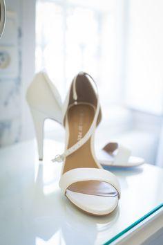 Design custom bridal shoes with Shoes of Prey. Photo by Paris Photographer Pierre.