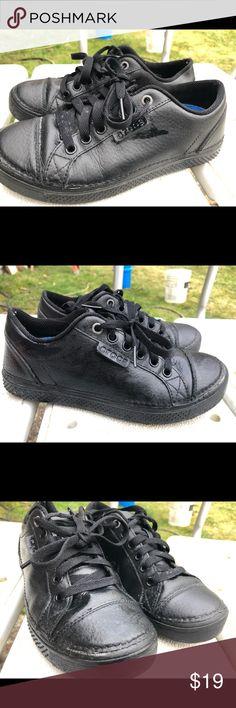 ddcd16358ae748 Crocs Black Leather Slip Resistant Work Shoes SZ 5 Crocs Black Leather Slip  Resistant Work Shoes