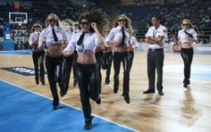 Fans Skipping Halftime Break For These International Cheerleaders - Your Daily Viral Digest