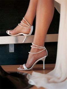 Simply elegant. Lovely wedding shoes