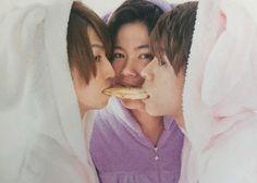"K♛ on Instagram: ""🐰💖🐰💙🐰💜 飼育したい!!!!!!!!!!! その一言に尽きる。 😇🙏💜💖💙 #kingandprince #キンプリ #神宮寺勇太 #岩橋玄樹 #岸優太 #じぐいわ #wゆうた"" Prince, King, Poses, Cute, Kaori, Yahoo, Figure Poses, Kawaii"