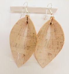 Handmade cork earrings , leaf shape , lightweight , modern , statement earrings #LargeEarrings #LightEarrings #CorkFabric #CorkEarrings #MinimalistEarrings #LeafShapeEarrings #VeganLeather #CorkLeather #CorkJewelry #LightweightEarrings Earrings Handmade, Handmade Jewelry, Unique Jewelry, Cork Fabric, Leaf Shapes, Minimalist Earrings, Leather Earrings, Teardrop Earrings, Handmade Bags