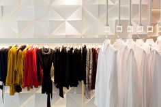 Sorbet store by SUITE arquitetos, Sao Paulo store design Commercial Interior Design, Commercial Interiors, Display Design, Store Design, 20 M2, Shirt Store, Retail Design, Visual Merchandising, Sorbet