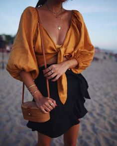 Pinterest: @ARIDAG1 #fashion #style #clothes #ootd #fashionblogger #streetstyle #styleblogger #styleinspiration #whatiworetoday #mylook #todaysoutfit #lookbook #fashionaddict #clothesintrigue