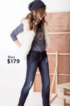 Un look urbano y cómodo para tu niña.   Chaleco - $399 Blusa - $179 Jeans - $349