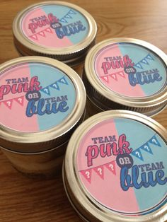 Gender reveal cake in a jar, pink or blue you decide which team with yummy cake #cakeinajar #genderreveal #pinkorblue