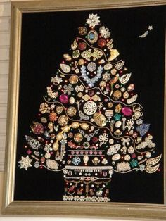 Vintage Jewelry Christmas Tree Idea - made by adhering vintage costume jewelry to a framed mat. This post has a lot of great ways to repurpose old jewelry. Noel Christmas, Christmas Jewelry, Christmas Projects, Holiday Crafts, Christmas Lights, Christmas Recipes, Christmas 2019, Christmas Ornament, Ornaments