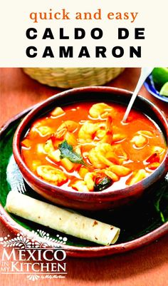 Mexican Shrimp Soup is extremely comforting and healthy! Light and low in calories, Perfect all year long! And the best of all is that you can make it in 40 minutes. Seafood Recipes, Keto Recipes, Chicken Recipes, Cooking Recipes, Real Mexican Food, Mexican Food Recipes, Ethnic Recipes, Breakfast Recipes, Dinner Recipes