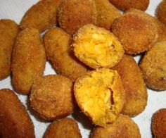 Snack Recipes, Cooking Recipes, Snacks, Brazilian Dishes, Cheese Bread, Portuguese Recipes, Cornbread, Carne, Food And Drink
