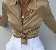 Fashion Addict, Girl Fashion, Fashion Outfits, Womens Fashion, Fashion Trends, Satin Blouses, Shirt Outfit, Clothes, Satin Top