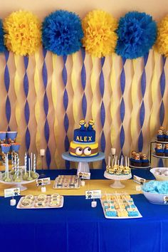 21 best birthday party themes not only for kids: Minions 21 besten Geb. Minions Birthday Theme, Birthday Themes For Boys, Boy Birthday Parties, Minion Party Theme, Despicable Me Party, 1st Birthday Party Ideas For Boys, Themed Parties, 21st Birthday, 21st Party Themes