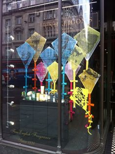 Love this quirky kite window that Penhaligons have put into their London Regent St windows, I love the way they have combined their heritage graphics on a traditional scheme but in a contemporary w…