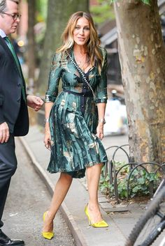 LaineyGossip|Sarah Jessica Parker's new show, Divorce, is a reminder of Conscious Uncoupling and the realization we've missed her on television