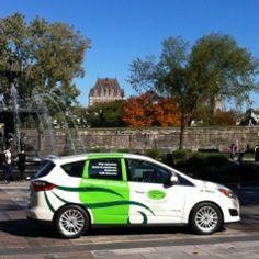 La voiture de Livraison au beau milieux de la Capitale Nationale Vehicles, City, Beauty, Automobile, Car, Vehicle, Tools