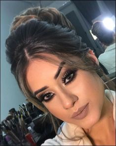 67 beautiful neutral makeup ideas for the prom party 4 Wedding Hair And Makeup, Bridal Makeup, Bridal Hair, Beauty Makeup, Hair Makeup, Hair Beauty, Eye Makeup, Drugstore Beauty, Prom Makeup